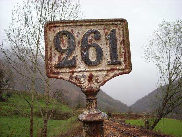 http://www.canfranc.ch/gallery/gallery_1/DSCN0190.jpg